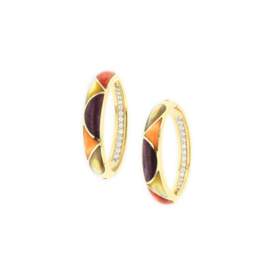 14 KT yellow gold Earring with inlay  and diamonds