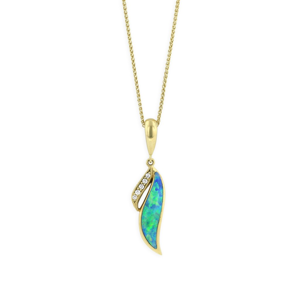 18 KT yellow gold Pendant with inlay  and diamonds 1